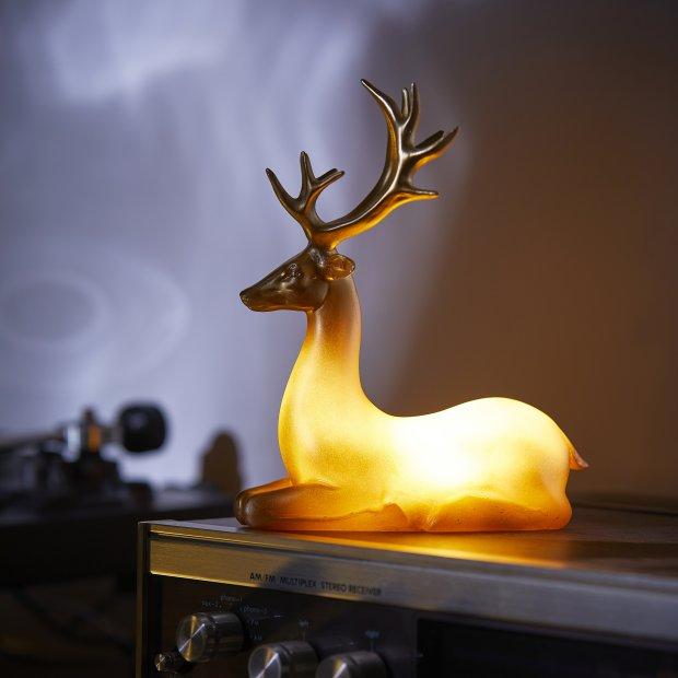 Northpoint LED Polyresin Figur Goldenes Rentier mit integrierter warmweißer Lampe Dekoration Ambiente Batteriebetrieben