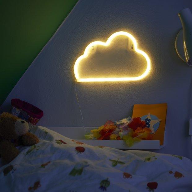 LED Nachtlicht für das Kinderzimmer in 3 schönen Motiven 3xAA-Batterien oder über USB Wolke